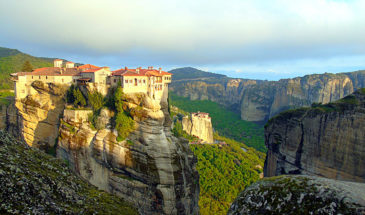 meteora panoramic view